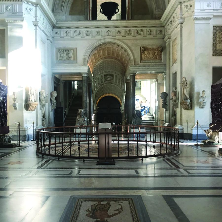 Vatican Museums, Greek cross Room